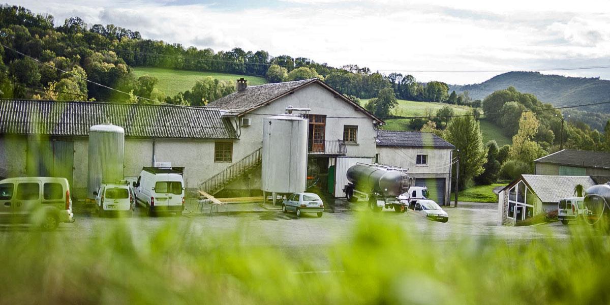 Artisans et producteurs du Haut Languedoc. Fromages des Monts de Lacaune. La laiterie-fromagerie Fabre Frères